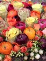 Naast bloemen en planten kan je bij 't Festoentje ook terecht voor een uitgebreid aanbod aan geschenken en spulletjes om je interieur in te richten.